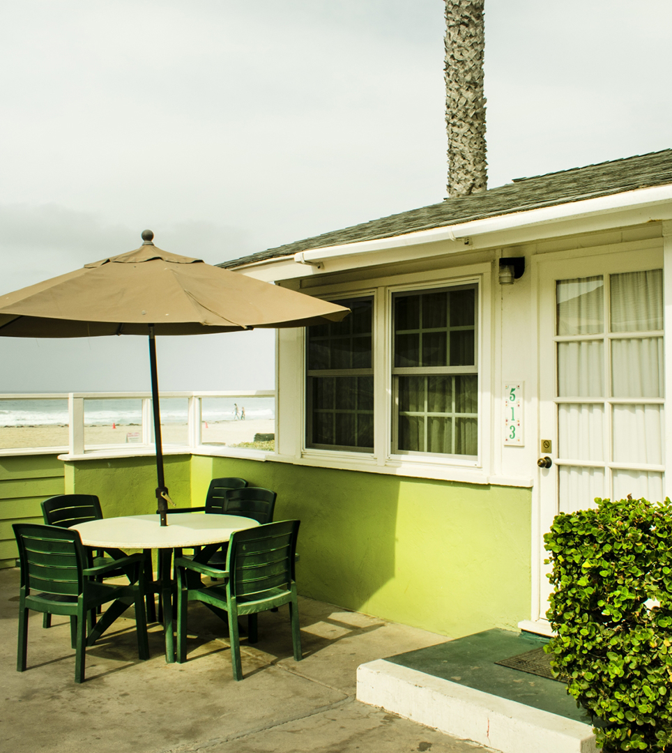 HAVE A LOOK AT PHOTOS OF THE BEACH COTTAGES